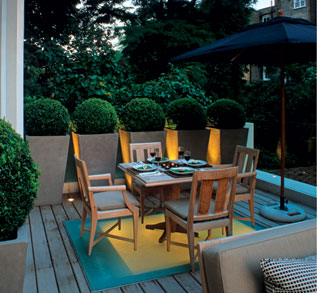 Captivating OUTDOOR DINING ...