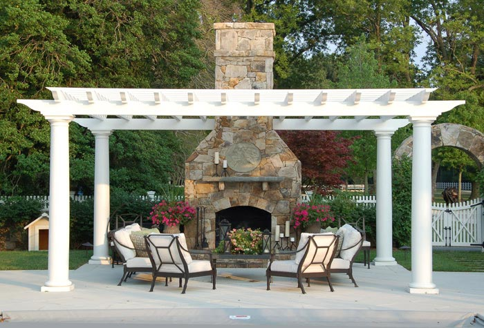 FIRE PITS And OUTDOOR FIREPLACES: ...