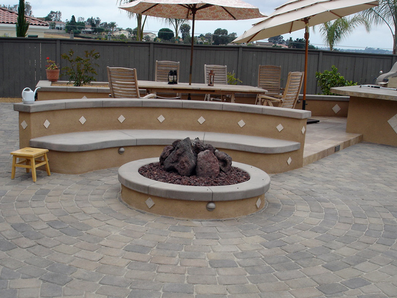 Design guide for outdoor firplaces and firepits garden for Outdoor modern fire pit